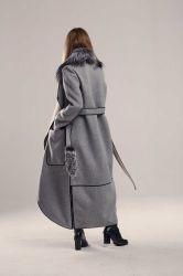 Прямой женский пуховик с поясом удлинённый  - 3