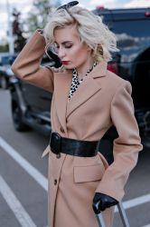 Удлиненное приталенное пальто  из шерсти - 1